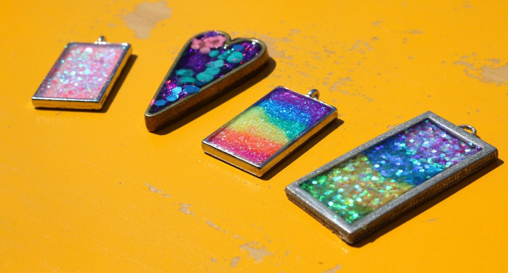 resin jewelry samples