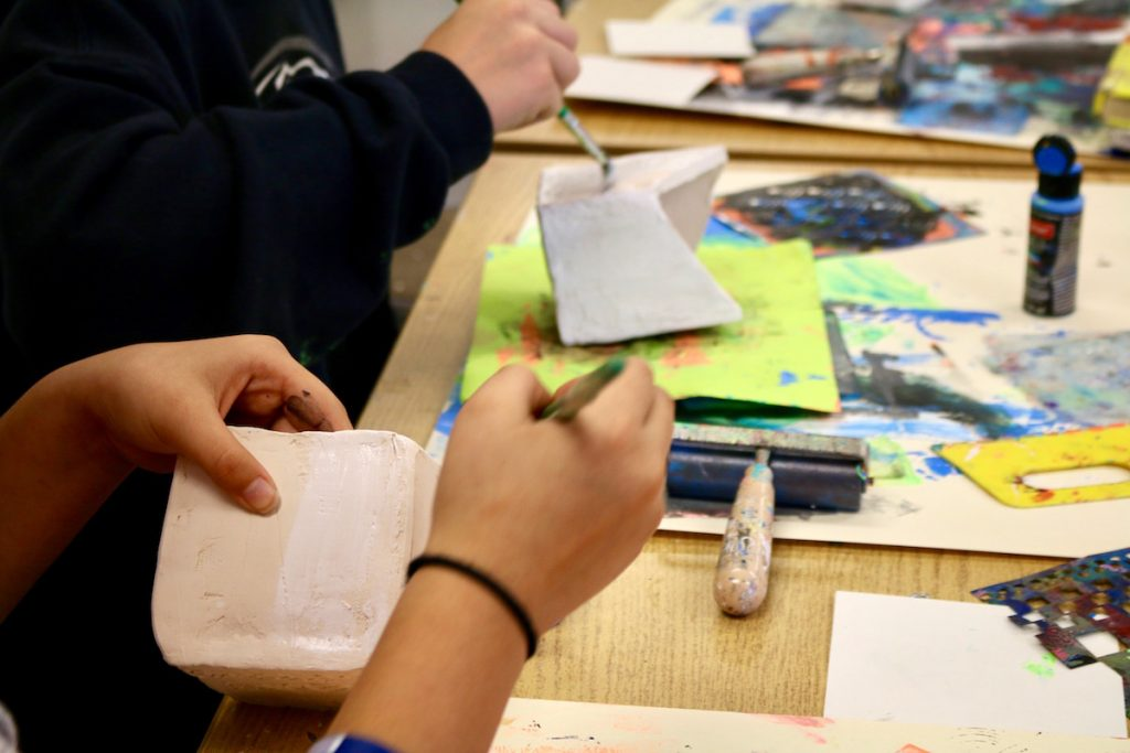students using gesso
